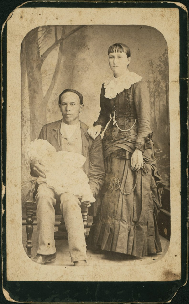 1880s photo Chinese man Chen Quin Jack & Mary Ann Fuller